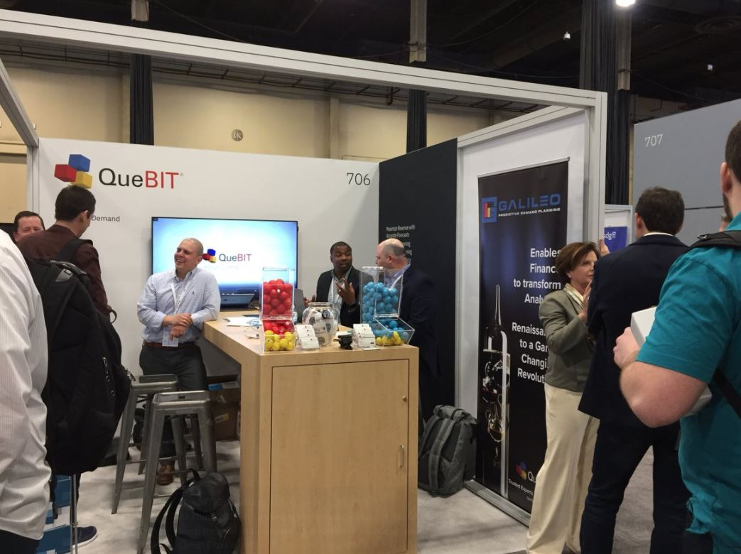 QueBIT Think booth activity